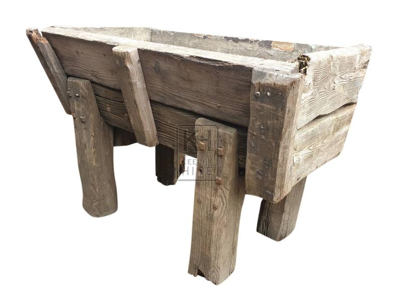 Short wood trough on legs