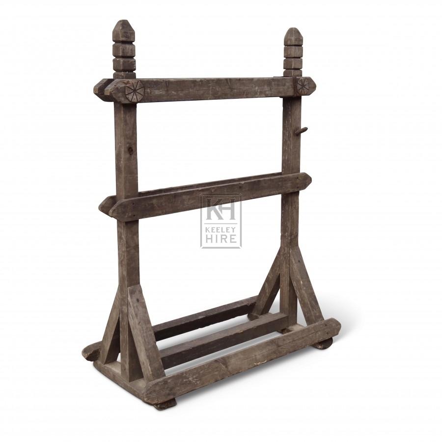 Floorstanding Wood Rack