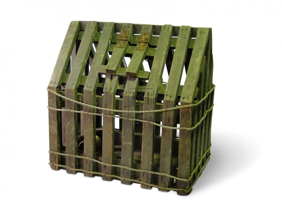 Pointed top wood chicken cage