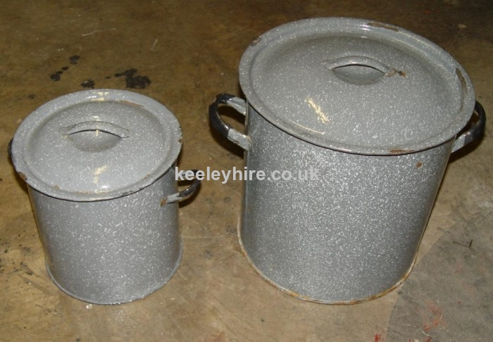 Enamel containers with lids