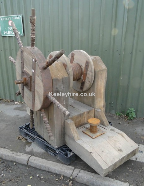 Large Wood Winch with spoked handle