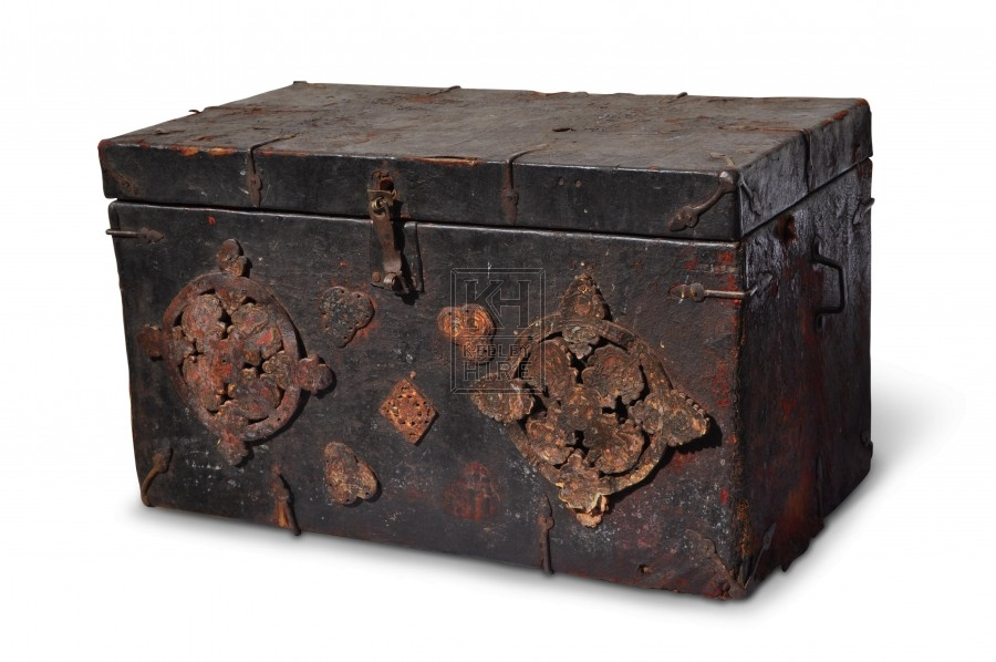 Aged Leather Flat Top Chest