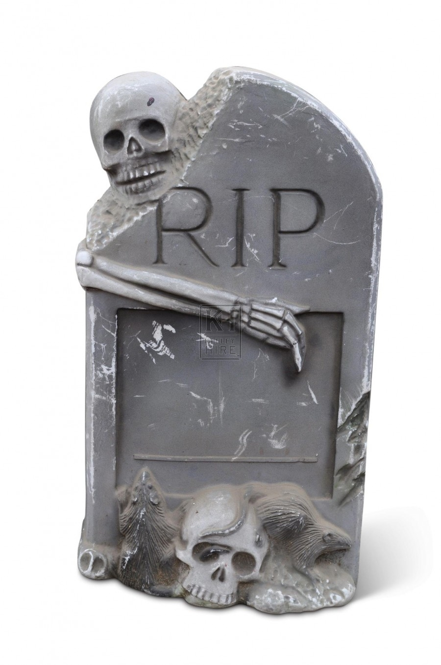Gravestone with skulls and rats