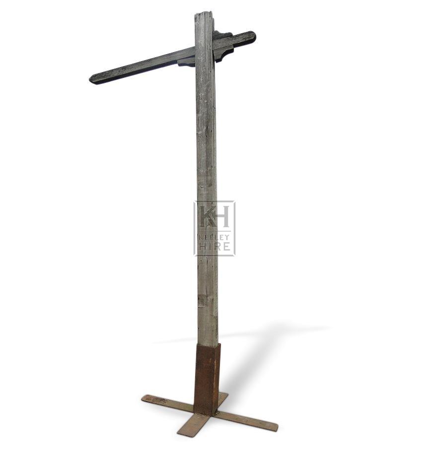Freestanding Gibbet Post & iron base