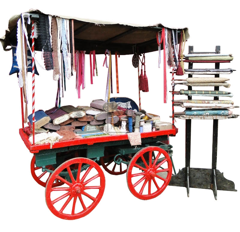 4-wheel market stall dressed with fabric