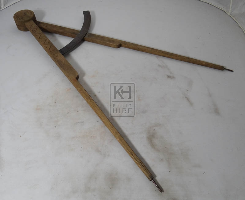 Large wood measuring calipers