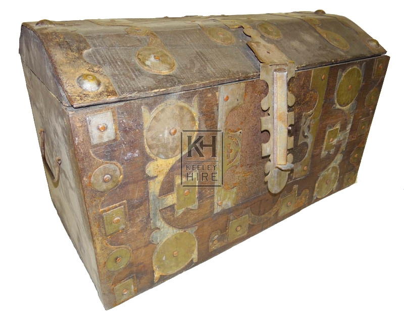 Medium wood chest with brass fittings