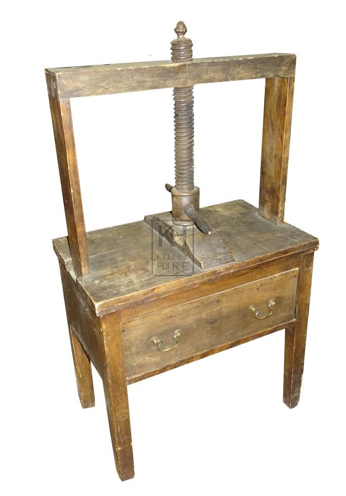 Book / Linen press