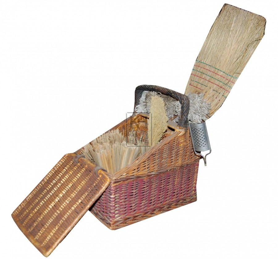 Folding Basket Display with Brushes