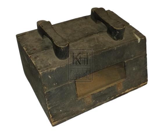 Plain shoe shine box