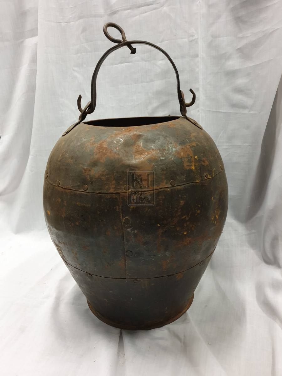 Riveted iron cooking pot