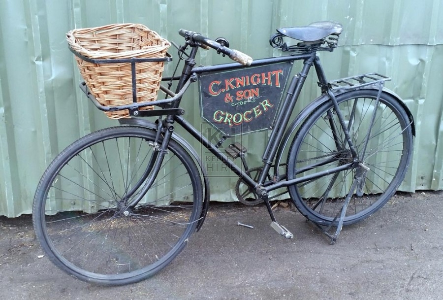 C Knight & Son Grocer