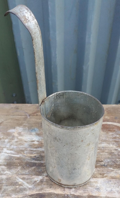 Metal ladle measure
