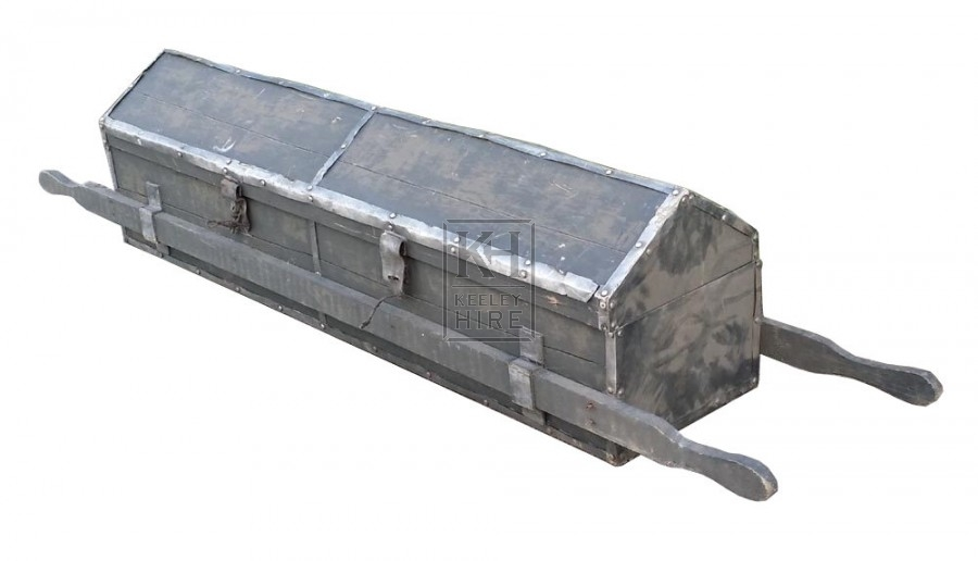 Weapon carrying box