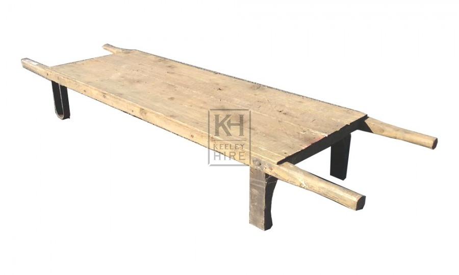 Plain slatted wood stretcher