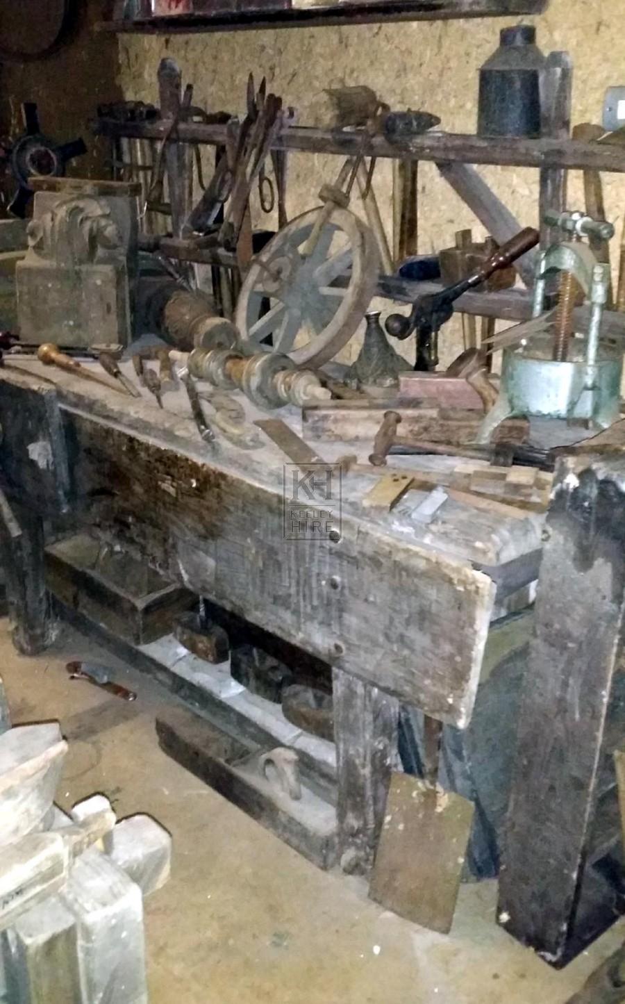 Qty carpentry dressing
