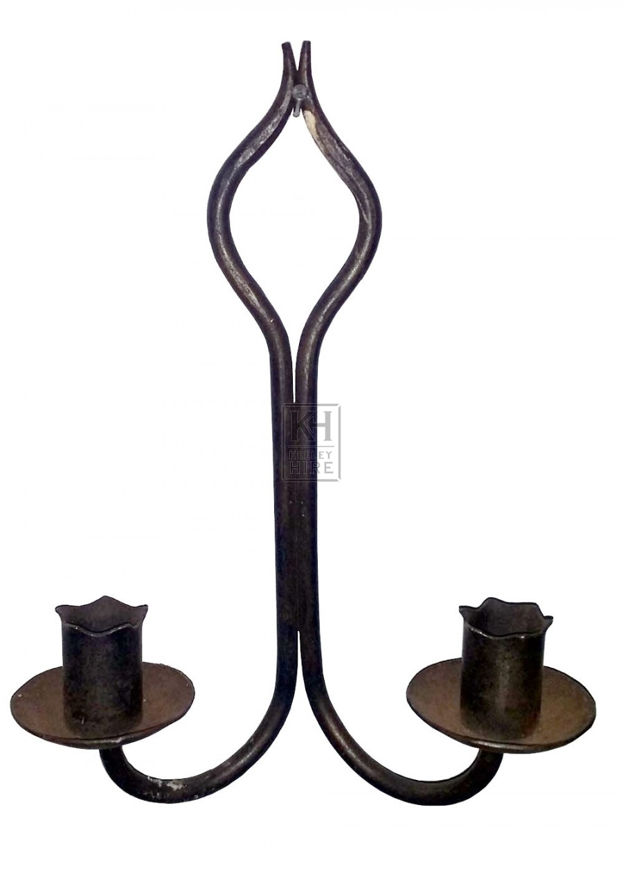 Double iron wall shaped candle holder