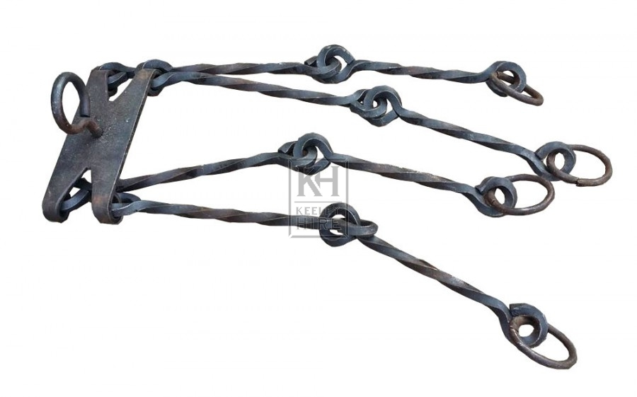 Iron chain with rings