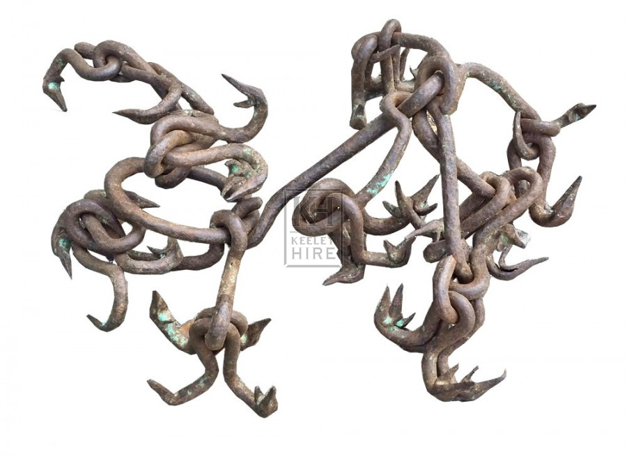 Iron chain with hooks