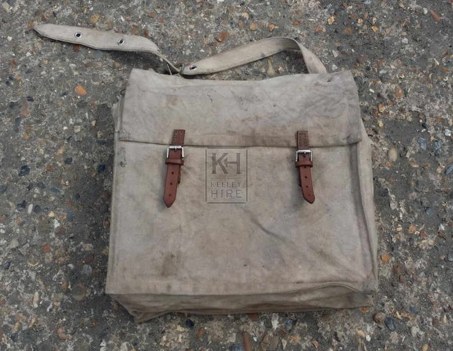 Period postal bag with straps