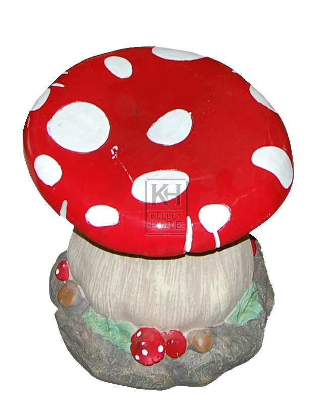 Giant And Oversized Prop Hire » Toadstool Table and Chairs