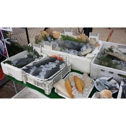 Fish market stall DRESSING